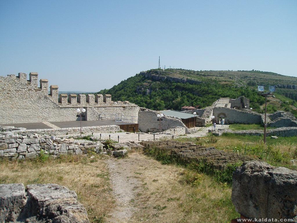в близост до Гложенския манастир