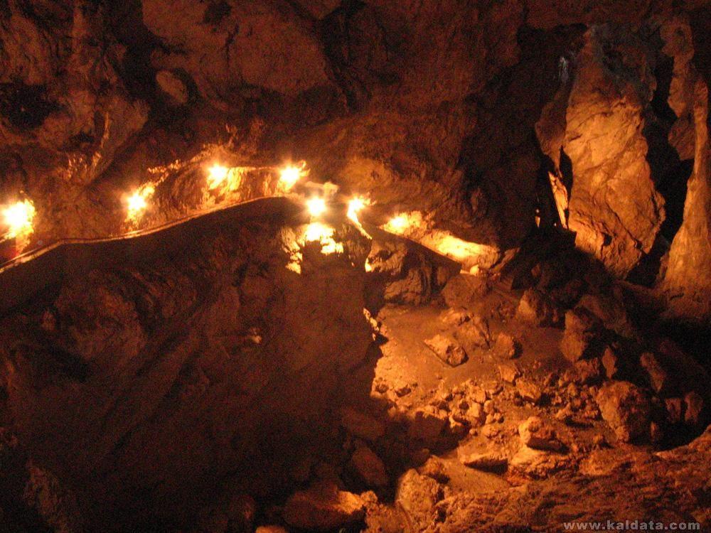 Пещерата Дяволско гърло