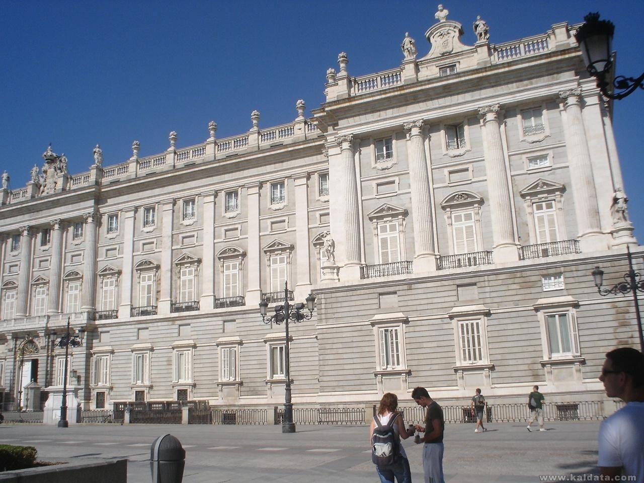 Кралският дворец в Мадрид 2
