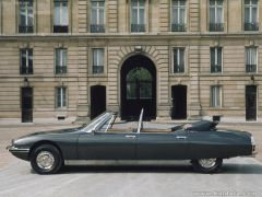 Citroen-SM_Presidential_1972_800x600_wallpaper_02.jpg