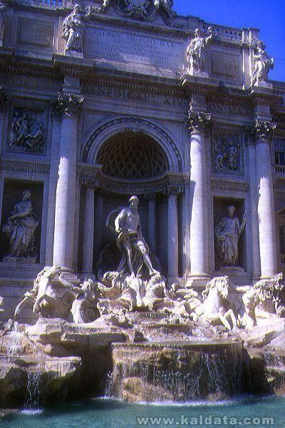 14_26_51---Trevi-Fountain--Rome--Italy_web.jpg