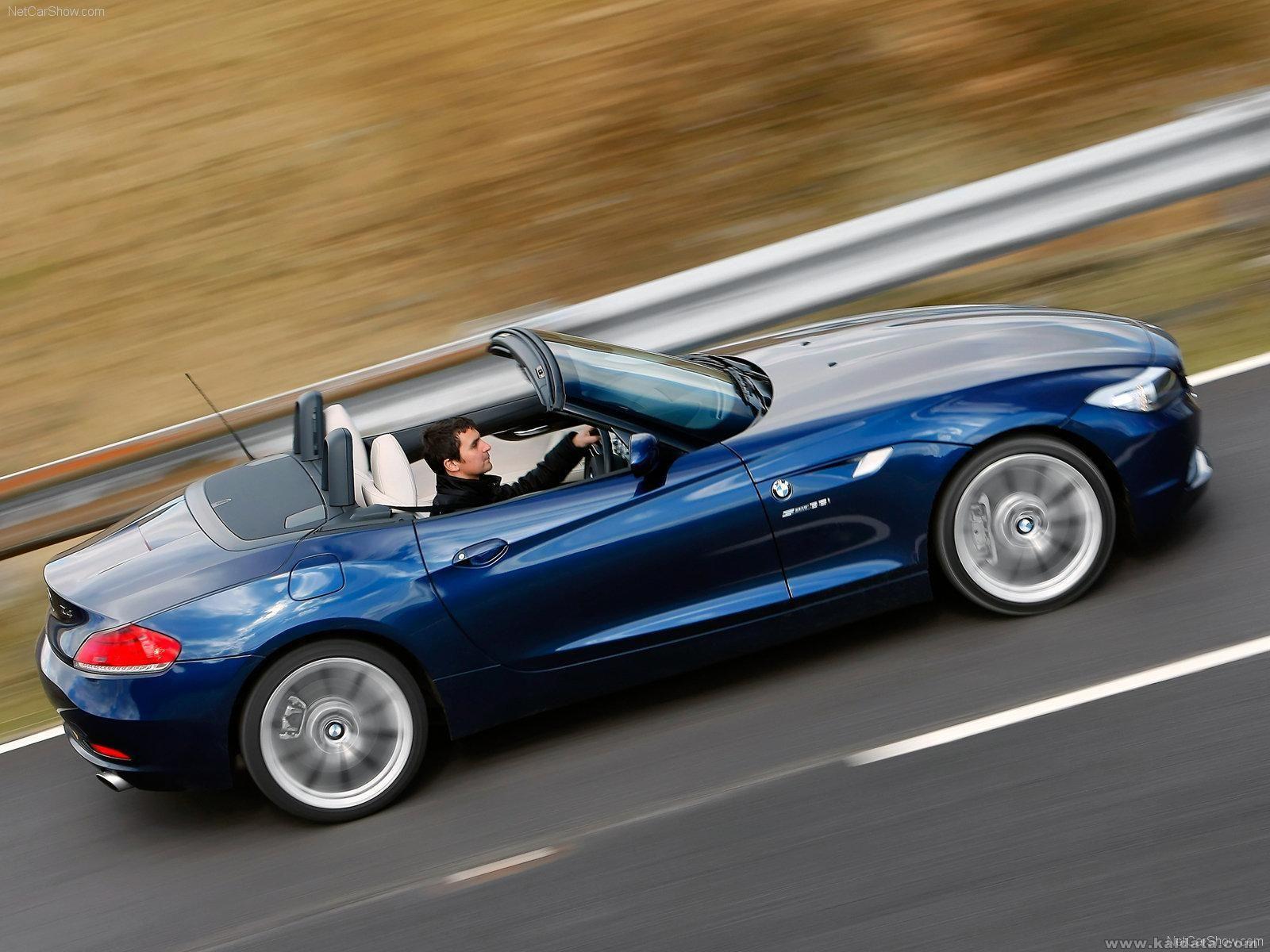 BMW-Z4_UK_Version_2010_1600x1200_wallpaper_07.jpg