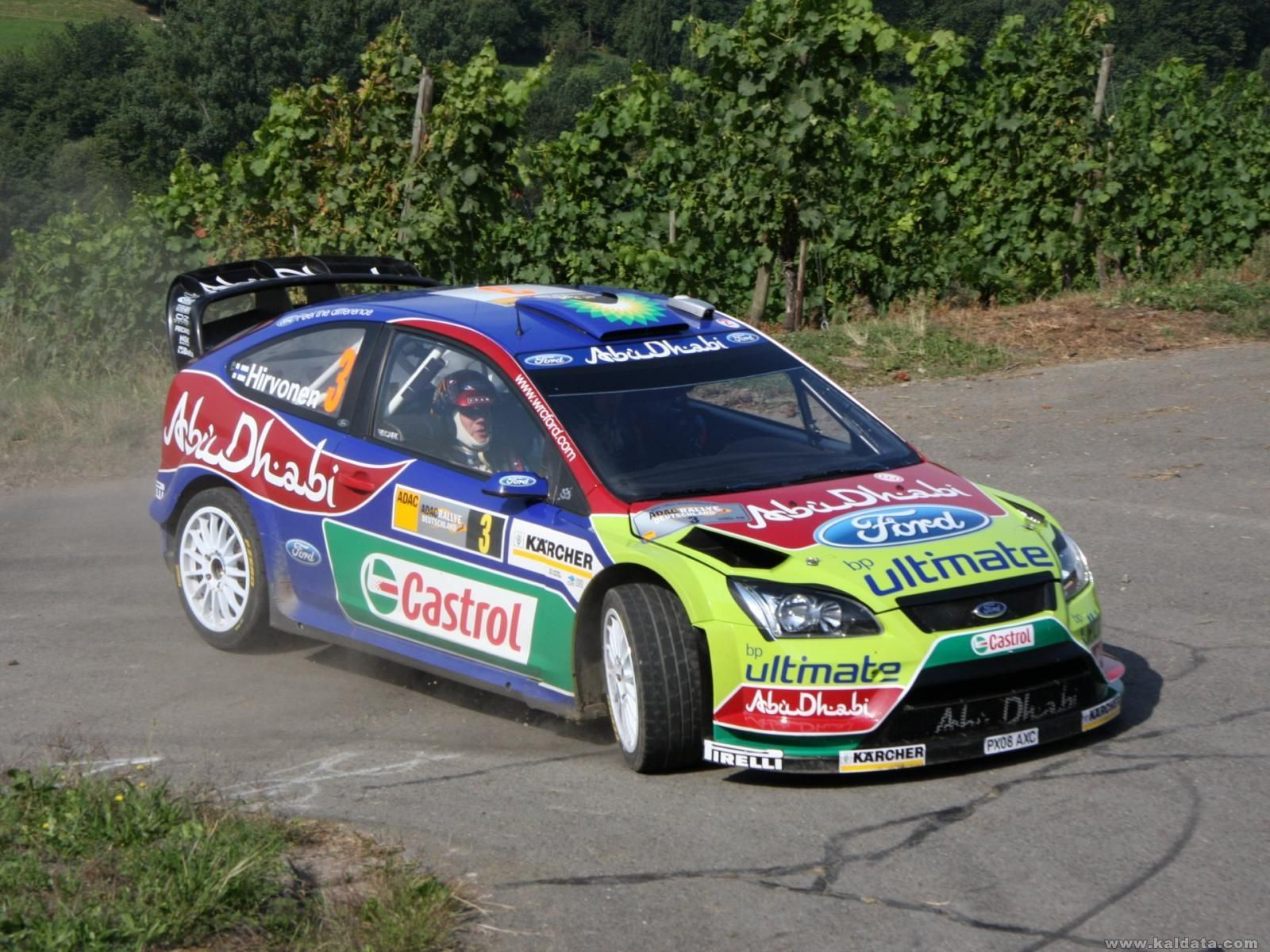 2008-Focus-RS-World-Rally-Car-Turn-Right_4232_1920_1440.jpg
