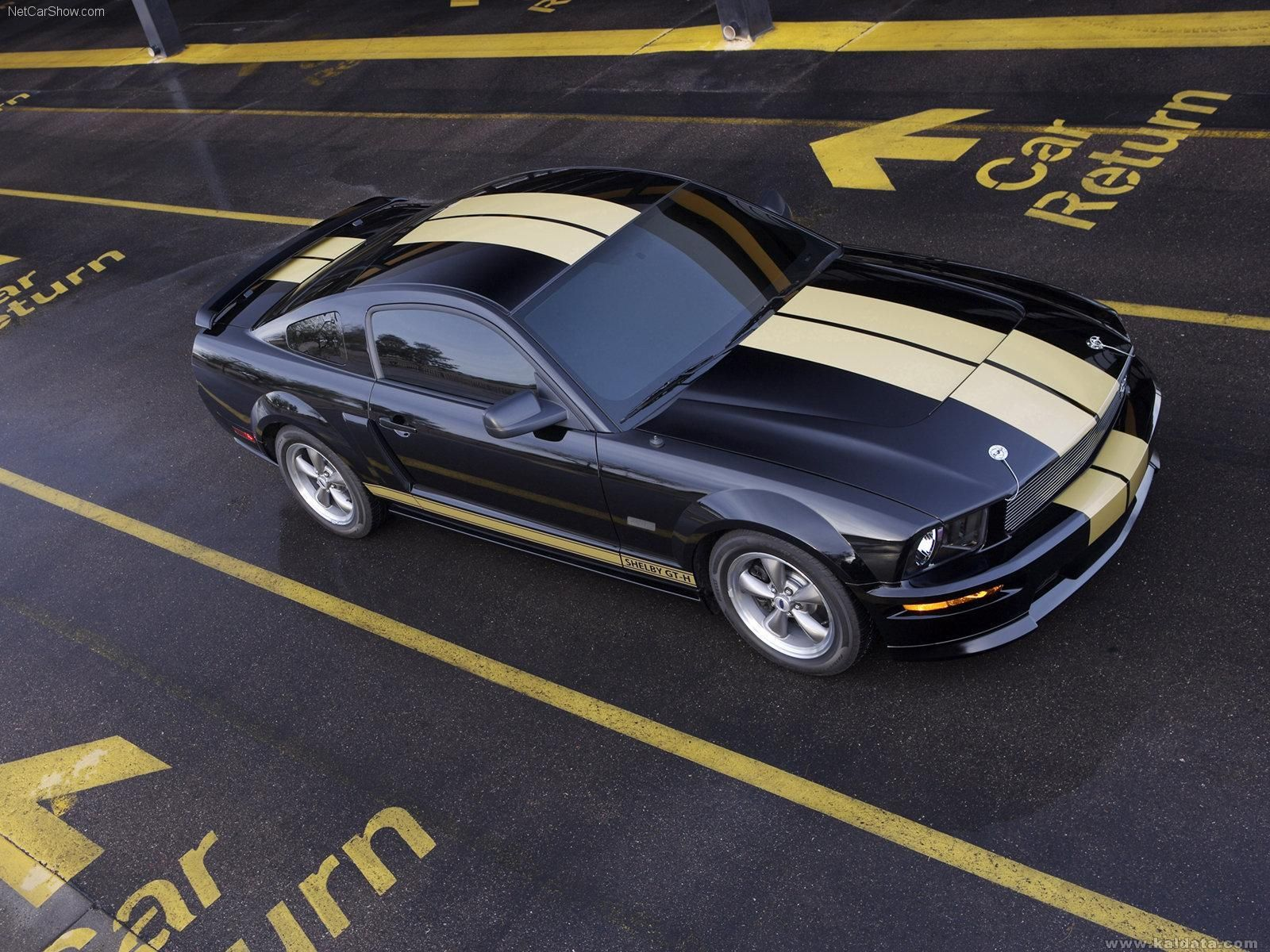 Ford-Mustang_Shelby_GT-H_2006_1600x1200_wallpaper_01.jpg