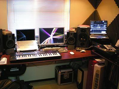 Mitch_Brown_Studio_1.jpg
