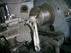 Ремонтирам - рециклирам шарнирни,кормилни болтове,алуминиеви