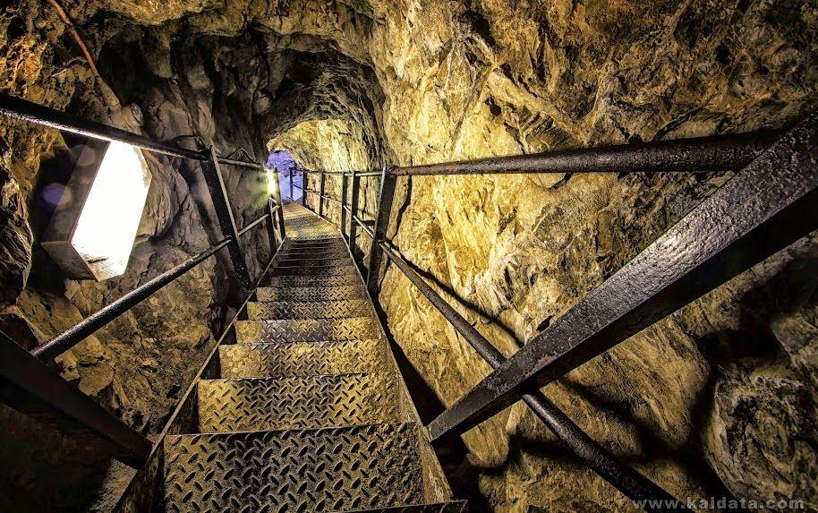 Stairs 1 edit crop.jpg