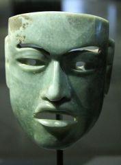Олмекска нефритена маска
