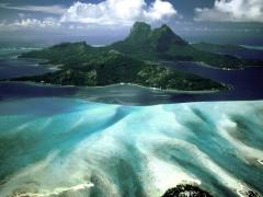 ApproachingBoraBoraFrenchPolynesia.jpg