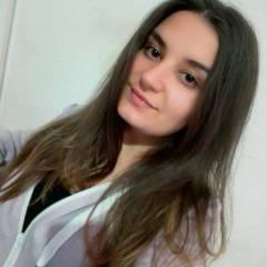 Мони Петрова