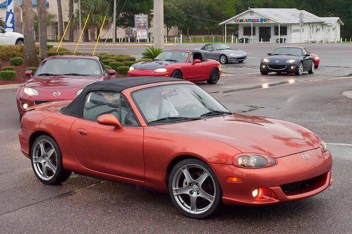 2005_Mazda_MX_5_NB_Lava_Orange_Mica_Jay_Beeler_002.jpg