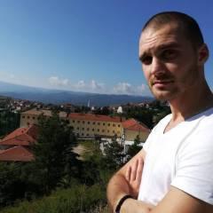 Deqn Milenov