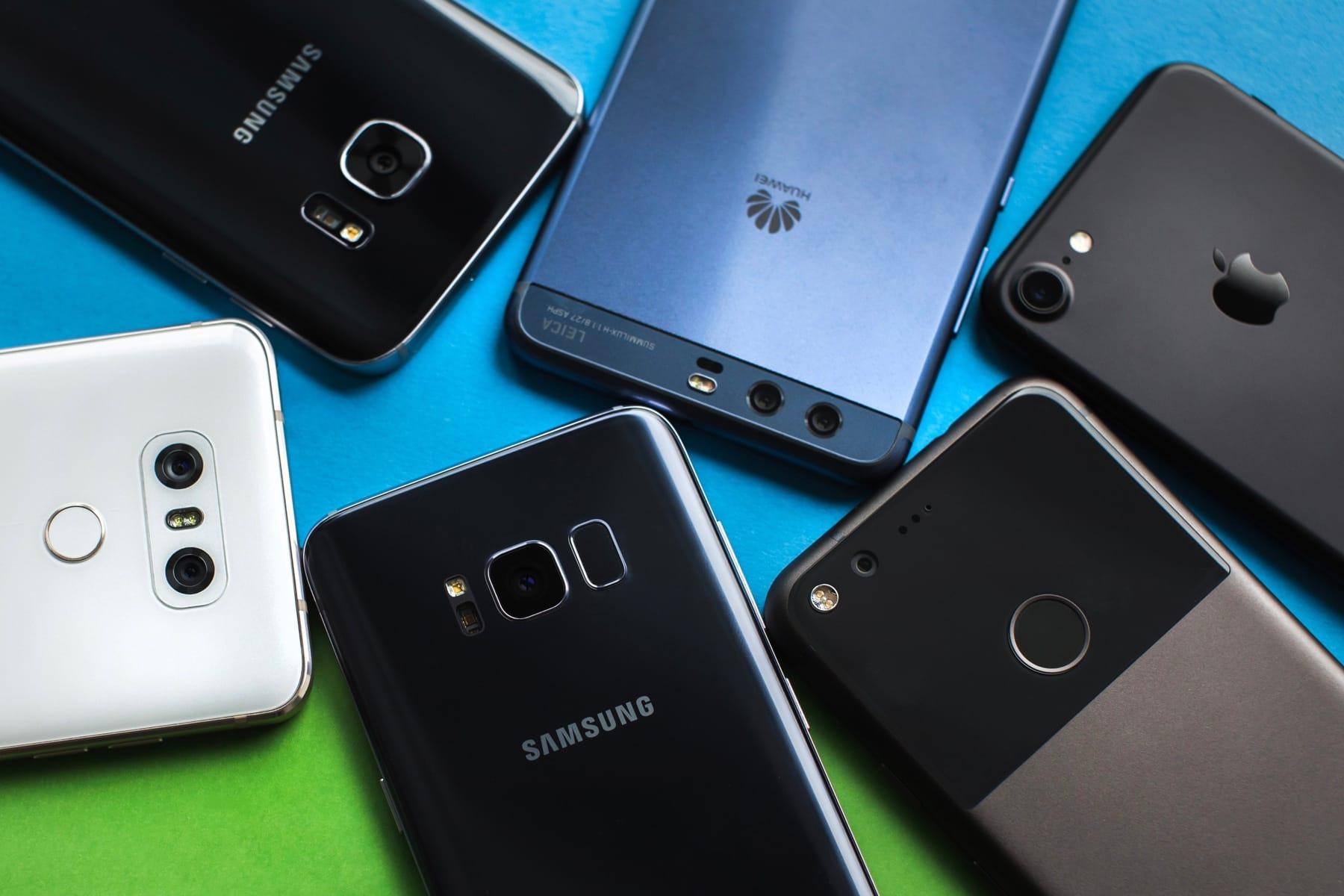 През изминалата една година на пазара излязоха колосален брой мобилни