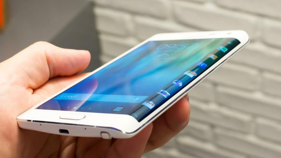 Съвременните смартфони са оборудвани с множество сензори, а в някои