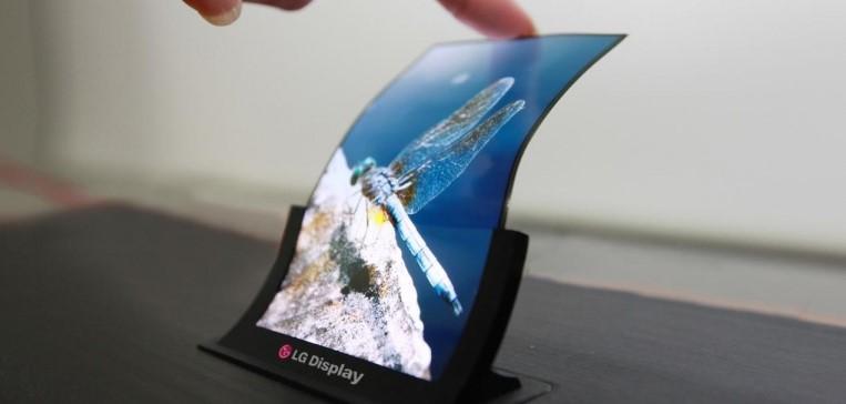 Компанията Samsung отдавна работи над модела Galaxy X, който ако