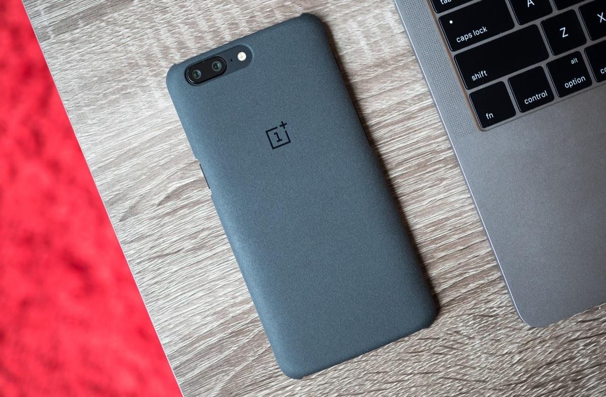 Компанията OnePlus призна, че буфер приложението за обмен в смартфоните