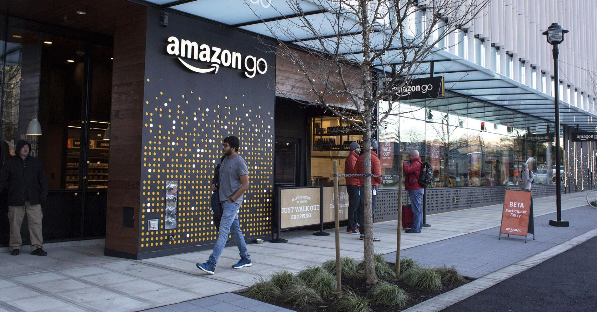 След едногодишна подготовка, първият роботизиран магазин Amazon Go, в който
