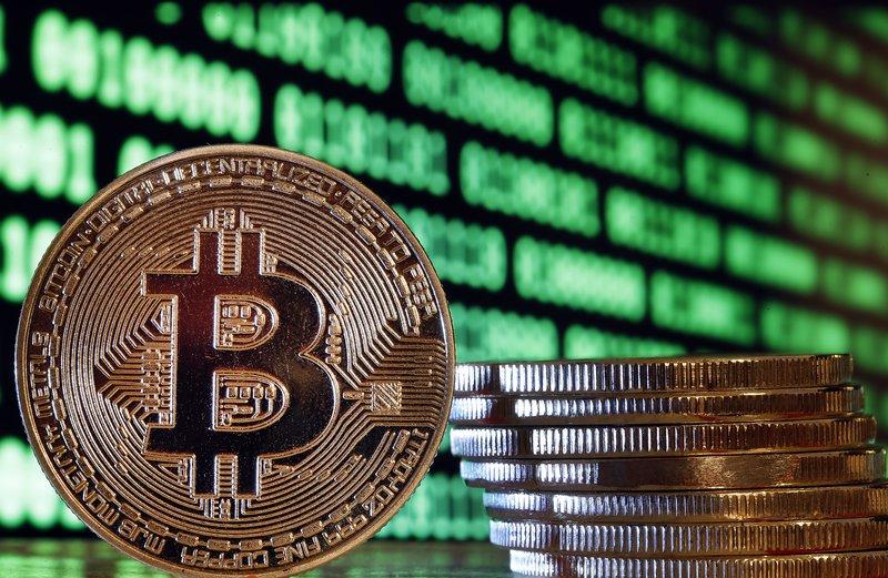 Криптовалутите продължават да демонстрират неразбираем за финансистите спад в курса.