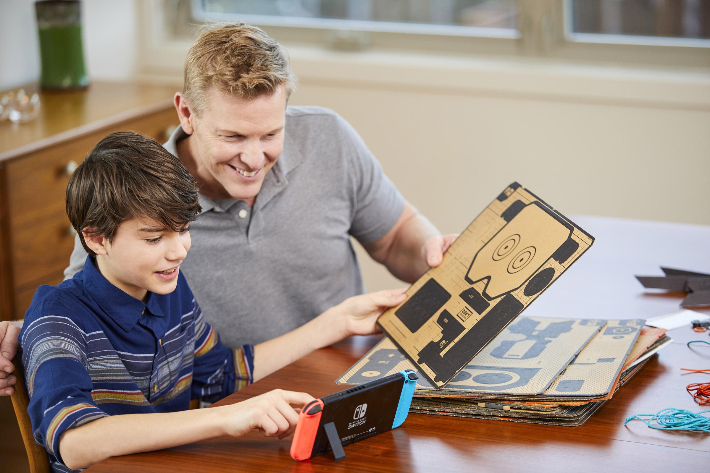 Сякаш анонсът на картонените играчки Labo за Switch не бе