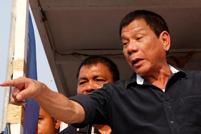 Президентът на Филипините Родриго Дутерте заплаши своя народ със затвор