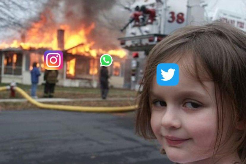 Facebook Twitter Viber WhatsApp Telegram Linkedin ReddIt Email Принтирай LINE